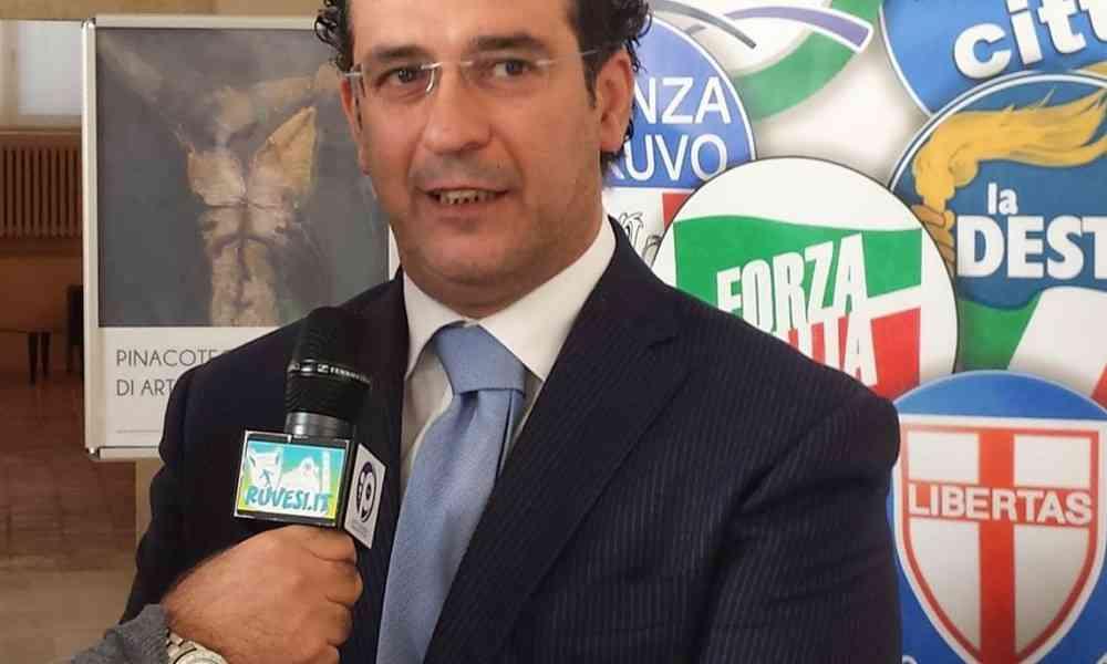 Gaffe del candidato sindaco: come Cetto La Qualunque! (Video)